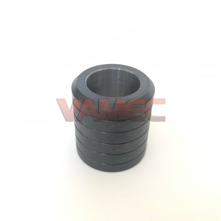 Coupling axle guide bushing